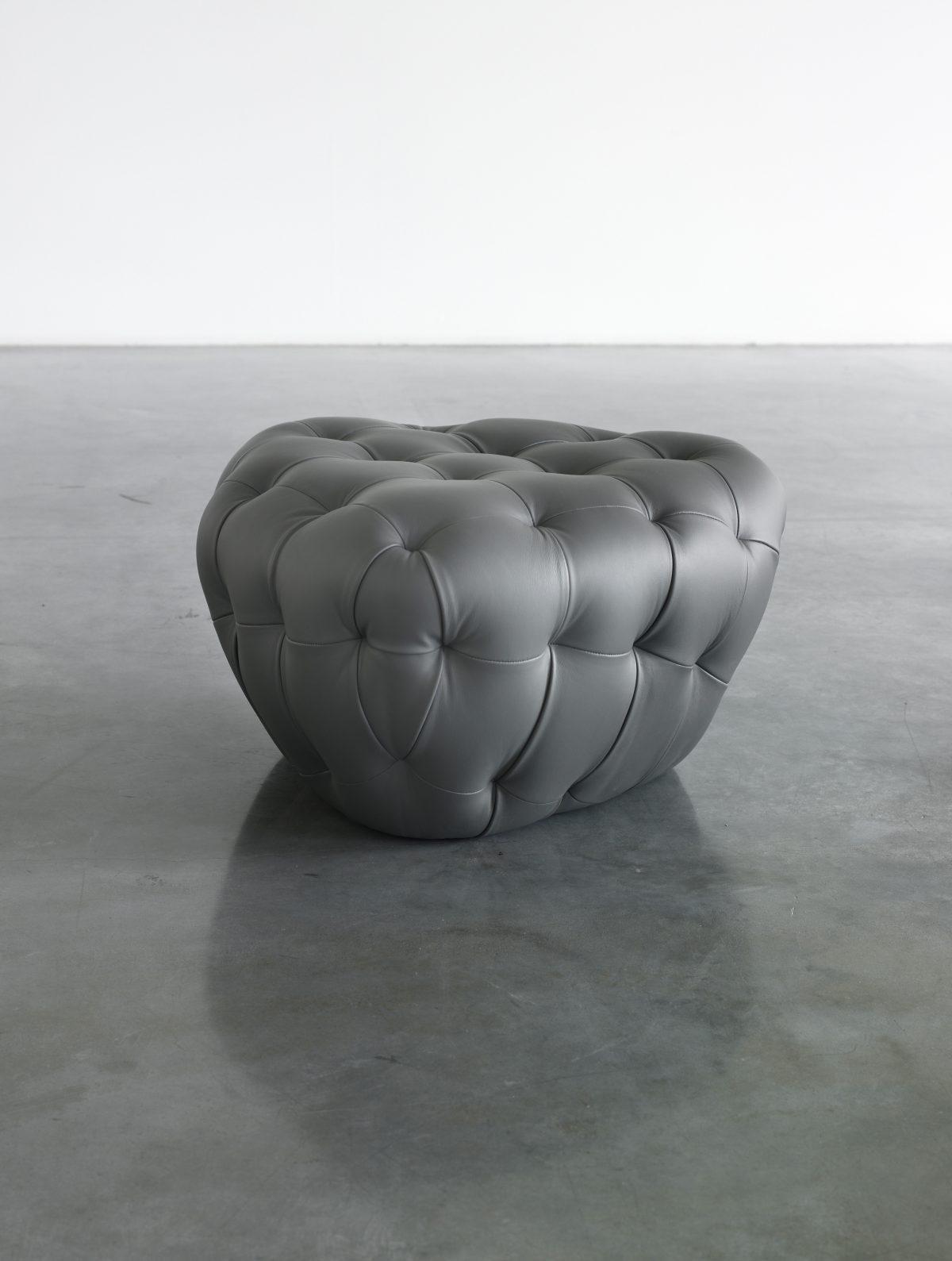 Triangular Bomb (Dark Gray)